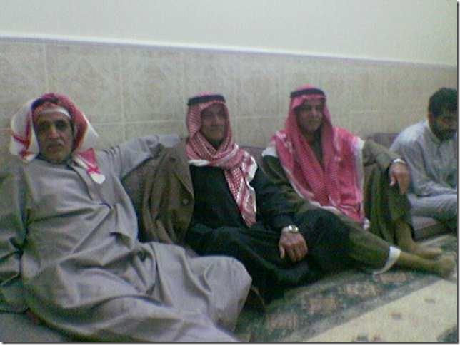 عائلة الحاج في مجلس العائلة